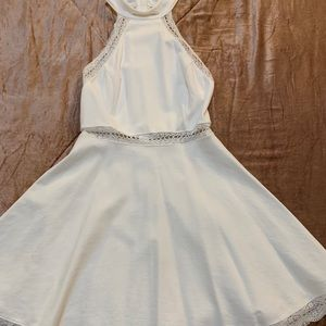 XS white lulu's formal dress